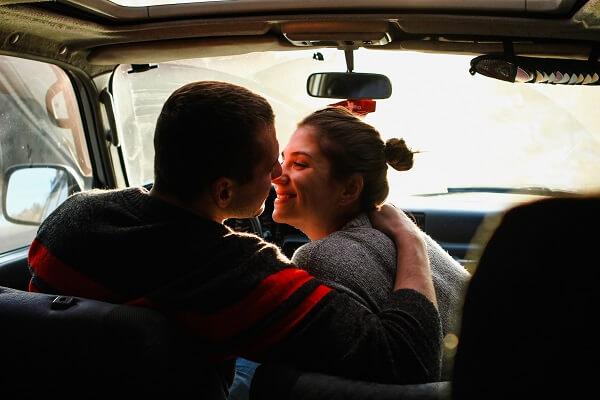 みんな何回目のデートでキスするの? ベストなキスのタイミングとは?