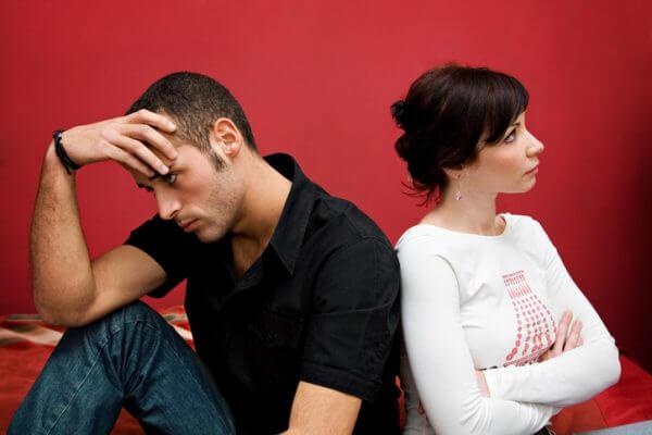 同じ嫉妬でも女の子と男性で違う!?嫉妬の正しい対処法とは?