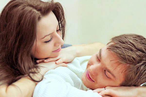 恋愛体質の特徴、いくつ当てはまる?改善する方法も!