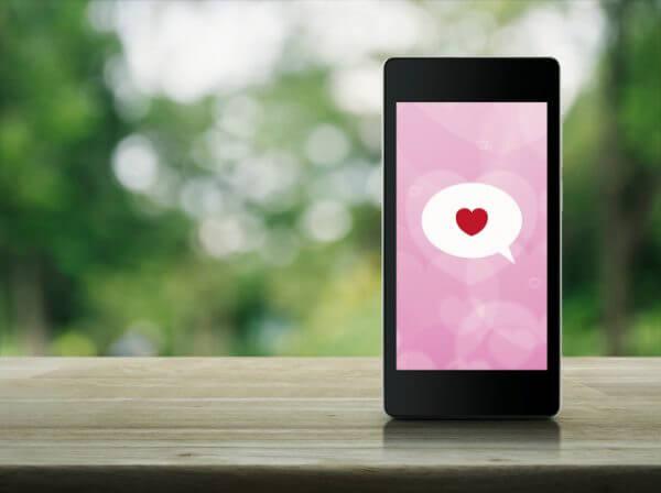 出会いにつながるおすすめアプリは? 婚活向けアプリ紹介
