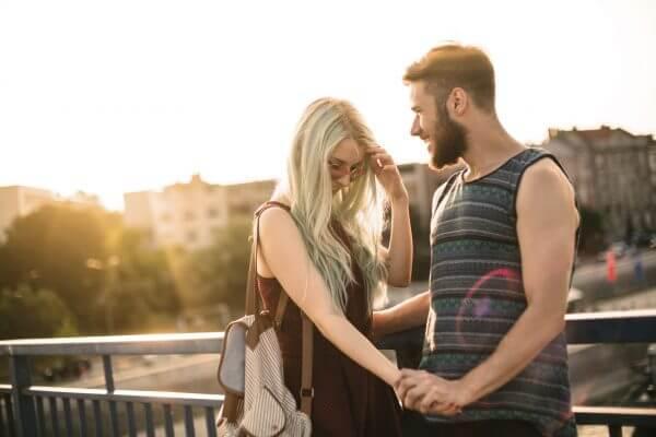 彼氏に甘えたい♡ 素直になれない女の子が甘えられるようになる方法