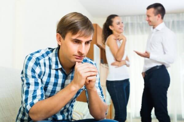 好き避けをする既婚男性には特徴がある! 対処法もご紹介します