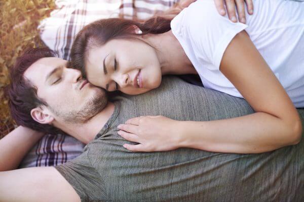 男性がキスしたくなる瞬間って知ってる? 上手にきっかけをつくってあげよう♪