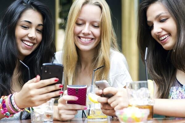 婚活している女性あるあるをご紹介! なぜ婚活女子は、女子会や反省会が大好きなの?