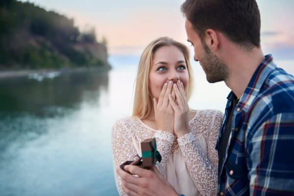 【カップル必見!】彼からプロポーズされるにはどうしたらいい?