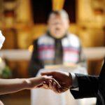 結婚式での馴れ初めエピソードを上手に話すポイント