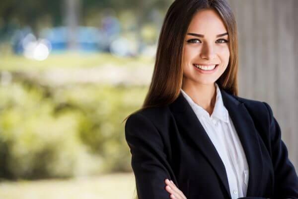 仕事ができる人はモテる? 判断力を鍛えて魅力的な女になるコツ5選