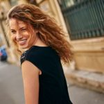 男性からも女性からも好かれる「魅力的な人」になるための方法5選