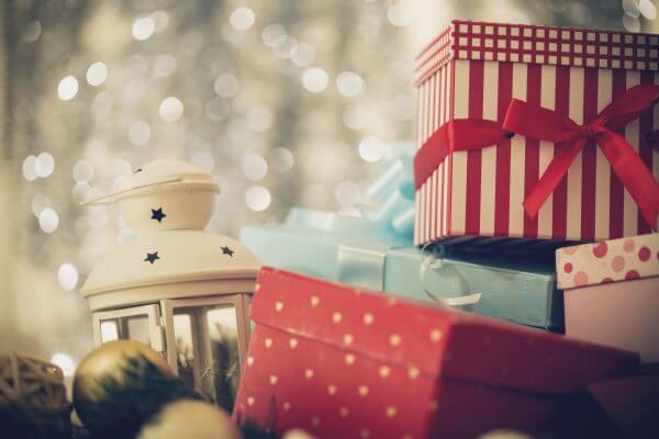 男友達に贈るクリスマスプレゼントは何がおすすめ? 予算も紹介!