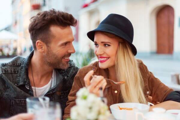 デートしたい……男子がキュン♡ としちゃう女子のしぐさを紹介