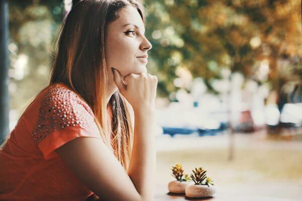 アラフォー女性の婚活は厳しい。アラサーとの違いや成功のコツを紹介