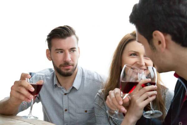 <男性向け>出会いがないと思い込むのは損! 出会いの種類と男性が出会える場所5つを紹介