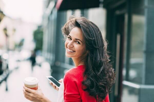 街コンでは雰囲気美人がモテる? 雰囲気美人の定義と雰囲気美人になるためのコツ