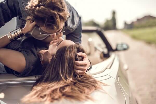 いくつ当てはまる?「恋に恋してるお姫様」的な特徴10選