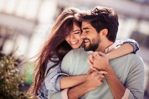 「好きって何?」恋愛感情がわからない女性が気持ちを整理する方法