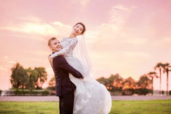 若い人の「結婚離れ」が深刻。結婚しない理由とは