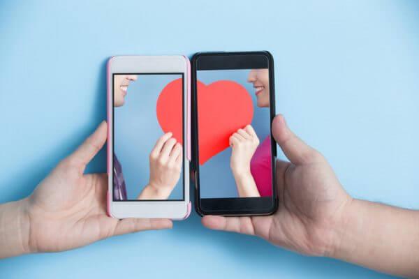 恋活アプリを使用した女性の感想とは? 恋活アプリで彼氏はできる?