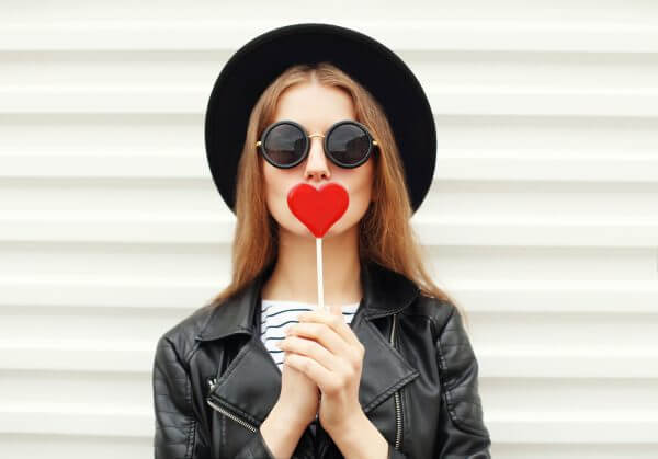 恋の駆け引きで恋活をスムーズに! 駆け引きの方法から上手な女性の特徴まで