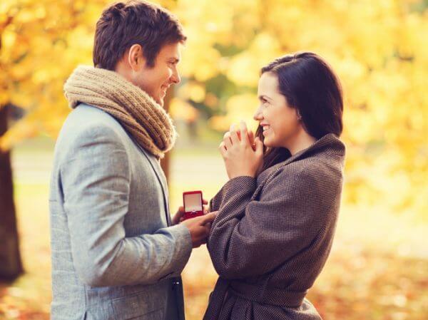 私って結婚相手にふさわしい女性? 男性が結婚相手に求める条件とは?
