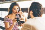 恋愛心理学を使って恋活パーティーで相手に好印象を与える方法