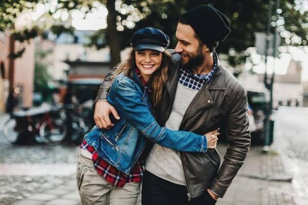 社会人のための「彼女の作り方」はコレだ! 恋愛対象にみられる男性の特徴なども解説