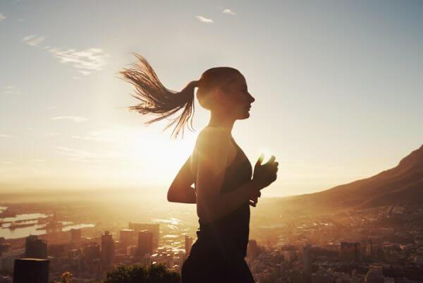 【女性向け】つらい失恋から立ち直るためにやってほしい4つのステップ