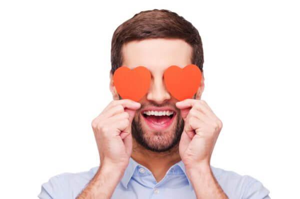 <男性向け>すぐ人を好きになる人の特徴とは? 直す方法はある?