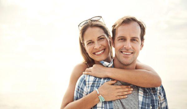 年上女性を落とす方法は? 年上女性からの脈ありサインや好かれ方を解説