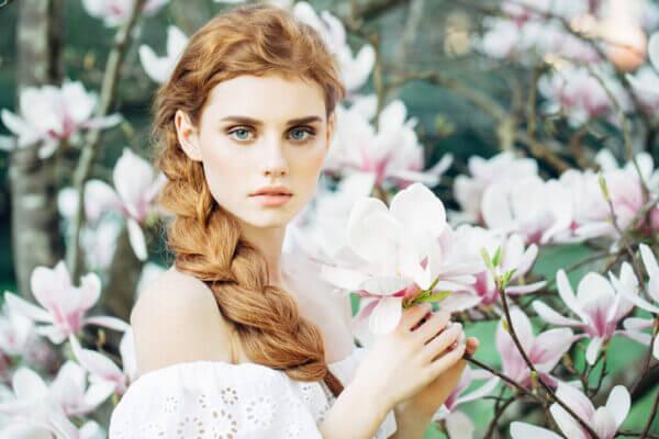 高嶺の花とは。高嶺の花の女性を落とす方法