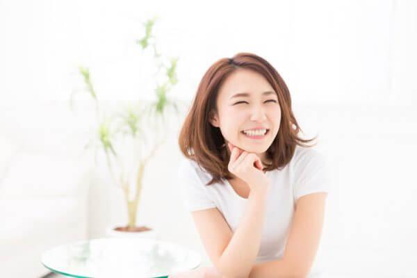 笑い方で分かる性格10個! 男性が可愛いと思う女性の笑い方も紹介