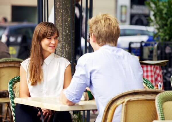 【トイアンナ】デートの会話が楽しくないと言われたら…アパレル店員に学ぶ会話術