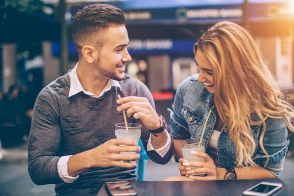 マッチングアプリで出会った方とのデートの体験談と攻略法を紹介!