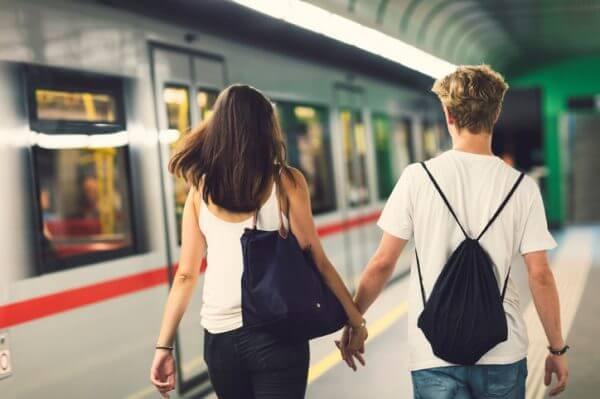 マッチングアプリで遠距離恋愛になった体験談を参考にしてみよう