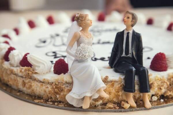 色んな恋のカタチに注目!「年の差・逆年の差」の恋愛や結婚って実際どうなの?