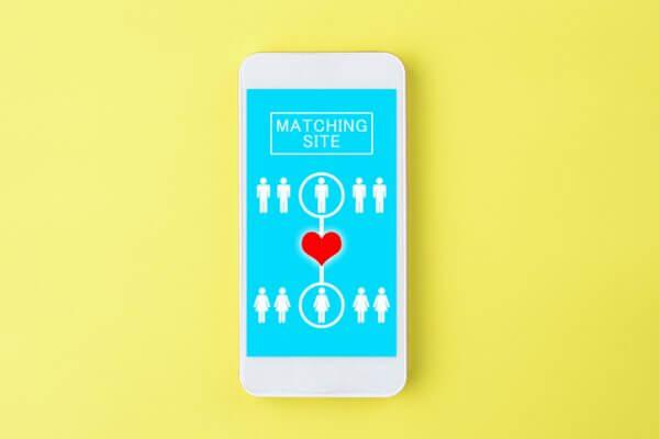 オンライン婚活を成功に導く!ファッション・メイクのコツ6選