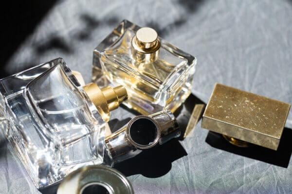 香水の定期便「coloria」で人気!婚活中にオススメな香水3選